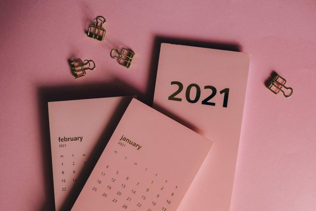 Pink calendar for 2021